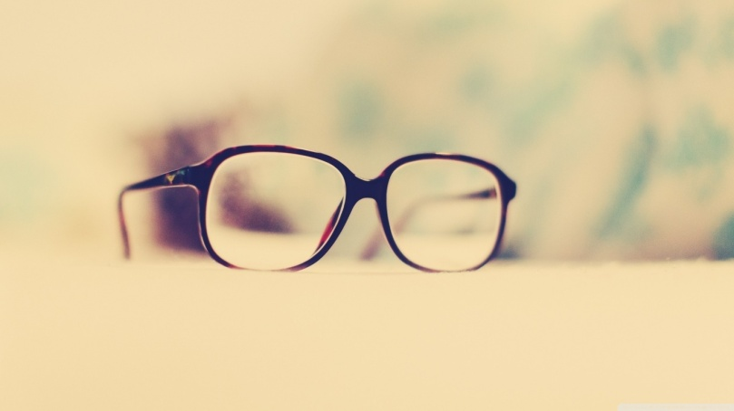 hipster_glasses-wallpaper-1366x768